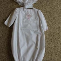White Sack Gown-Basket Hat