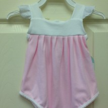 Pink bubble angel sleeves and white trim